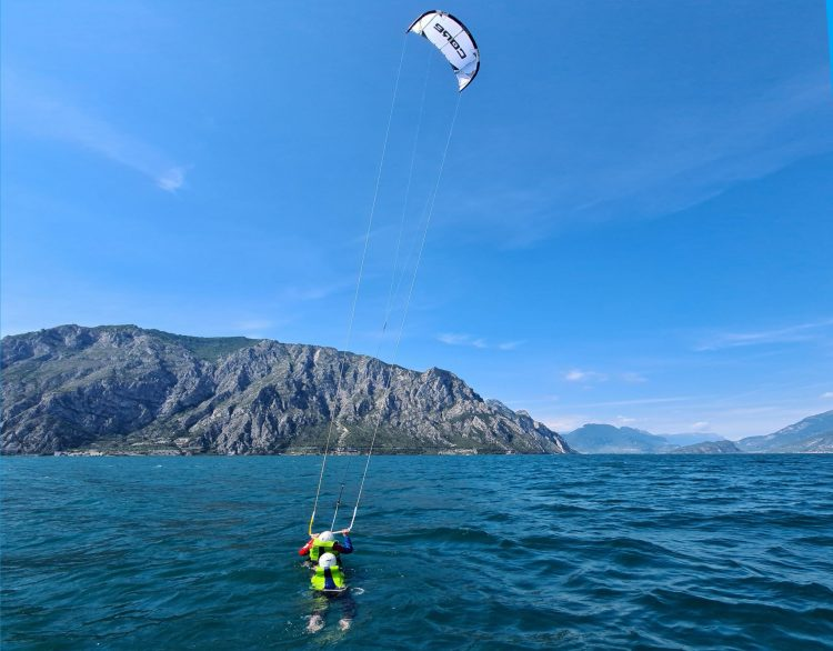 Bodysurfing on Lake Garda with kiteschool Wind Riders
