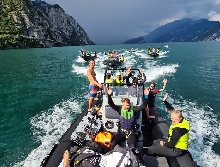 Lift Shutte Service on Lake Garda